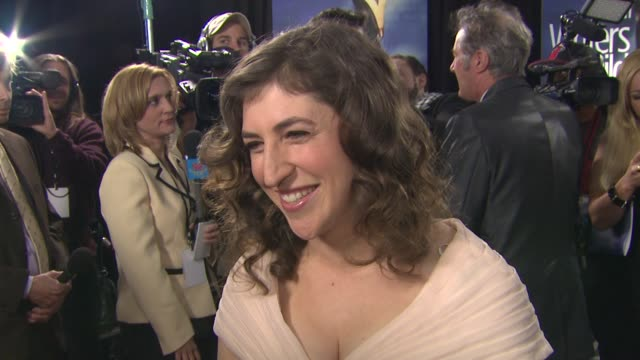mayim bialik on being a part of the night what it means for her to be here to support don reo who created blossom what she looks for in a strong... - mayim bialik stock videos & royalty-free footage