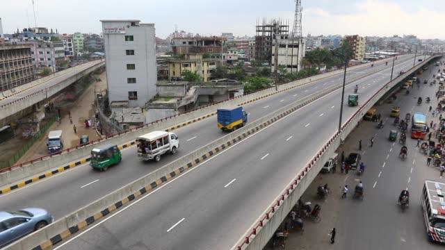 mayor mohammad hanif flyover in dhaka bangladesh - 商業車点の映像素材/bロール