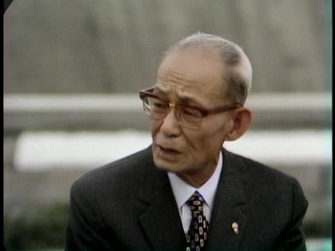 mayor of hiroshima setsuo yamada comments on the hiroshima peace park. - (war or terrorism or election or government or illness or news event or speech or politics or politician or conflict or military or extreme weather or business or economy) and not usa点の映像素材/bロール