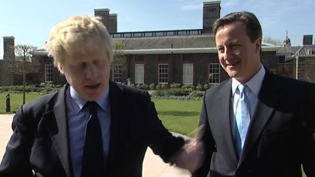 vídeos y material grabado en eventos de stock de mayor of london boris johnson comments on agreement with conservative party leader david cameron on how best to serve londoners during election... - number 9