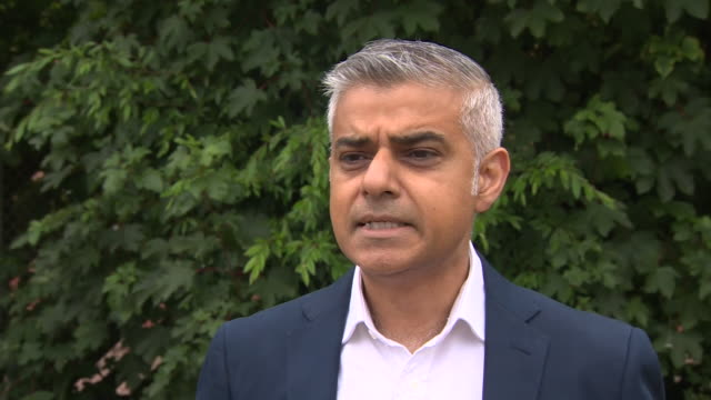 mayor of london sadiq khan criticising jeremy corbyn's leadership especially in regards to his role during the eu referendum - scolding stock videos & royalty-free footage