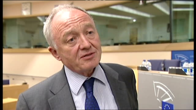 stockvideo's en b-roll-footage met mayor of london's race adviser resigns london int ken livingstone interview sot city hall johnson speaking at meeting at city hall - ken livingstone
