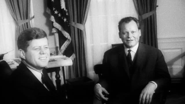 mayor of west berlin willy brandt meets with president kennedy / outside the white house side entrance car containing mayor brandt pulls to a stop in... - john f. kennedy politik stock-videos und b-roll-filmmaterial