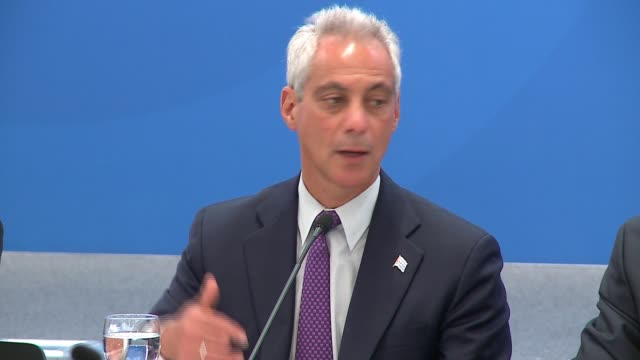 mayor rahm emanuel hosted the annual global cities conference beginning on june 7, 2017 in chicago, with more than a dozen mayors from around the... - paris agreement stock videos & royalty-free footage