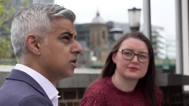 mayor sadiq khan and his wife saadiya khan attend the mayoral swearing in ceremony at the historic shakespeare's globe theatre on the south bank of... - traditional ceremony stock videos & royalty-free footage