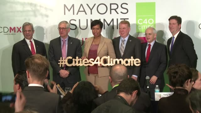 mayors from cities around the united states at a gathering of c40 mayors in mexico city on friday say that they believe they can build bridges with... - bürgermeister stock-videos und b-roll-filmmaterial