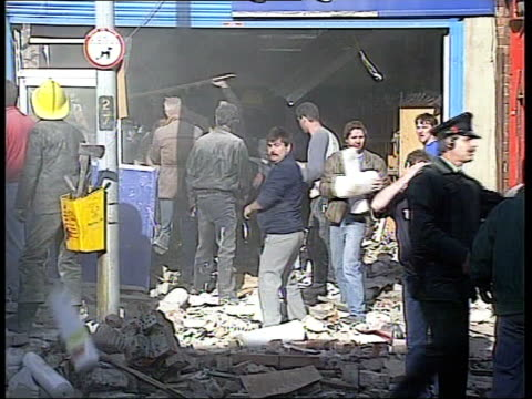 maze prison last paramilitary prisoners released lib mat held bureau october 1993 belfast aftermath of ira bomb which exploded in a fish chip shop... - prison release stock videos & royalty-free footage