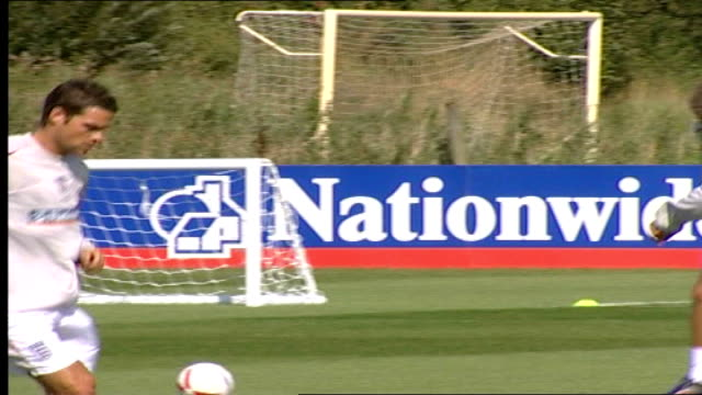 McClaren's new England football squad training FREEZE
