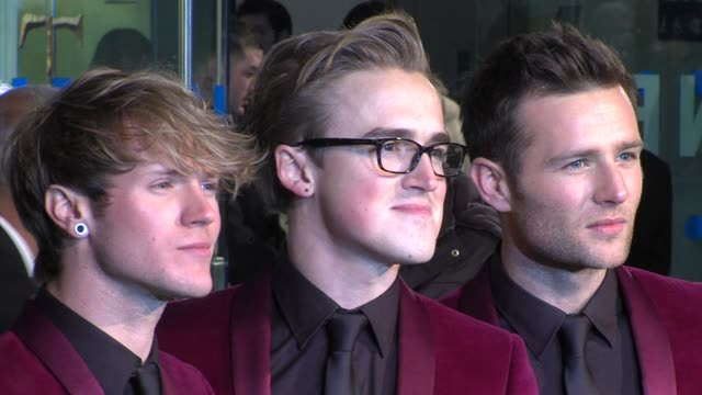 mcfly at 'the hobbit' uk premiere and royal film performance at odeon leicester square on december 12, 2012 in london, england. - the hobbit stock videos & royalty-free footage