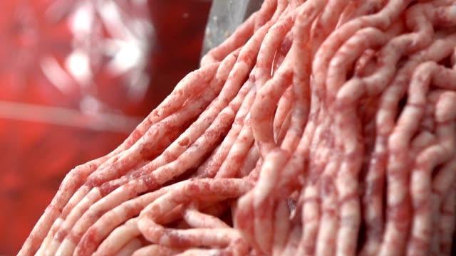 fleisch hacken - kalbfleisch stock-videos und b-roll-filmmaterial