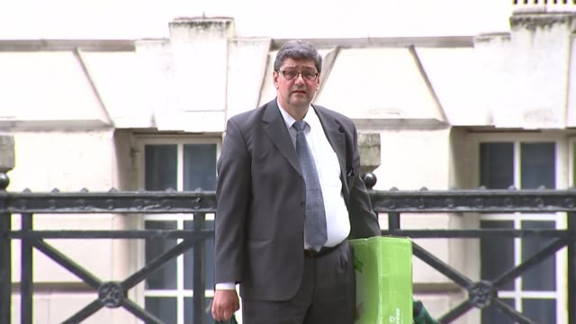 meat company boss denies fraud charges linked to horsemeat scandal england london ext meat company boss andronicos sideras outside court he is... - 馬肉点の映像素材/bロール