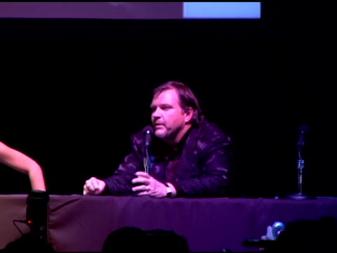 meat loaf at the press conference on jim steinman and steve van zandt's incredible testimonial on 'you took the words right out of my mouth' at the... - スティーブン ヴァン ザント点の映像素材/bロール