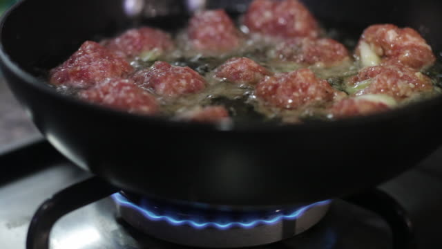 meatballs cooking - meatballs stock videos & royalty-free footage