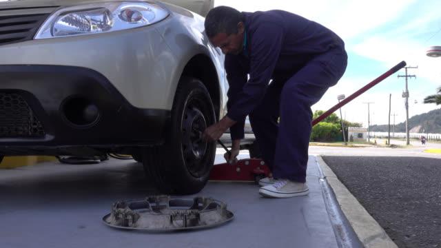 Mechaniker Hitzegrade Reifenwechseln