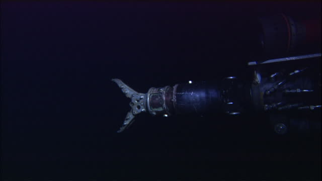 mechanical arm operates on deep sea submersible, atlantic ocean - submarine stock videos and b-roll footage