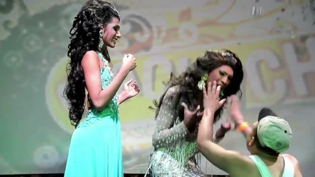 Medellin escogio este domingo a la nueva Miss Colombia Gay 2015 en la sexta edicion del concurso que reune a la comunidad homosexual y transexual del...