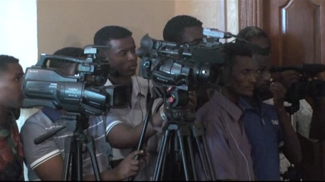 media workers have been killed in somalia this year making the horn of africa country the most dangerous place in the world for journalists after... - horn of africa stock videos & royalty-free footage