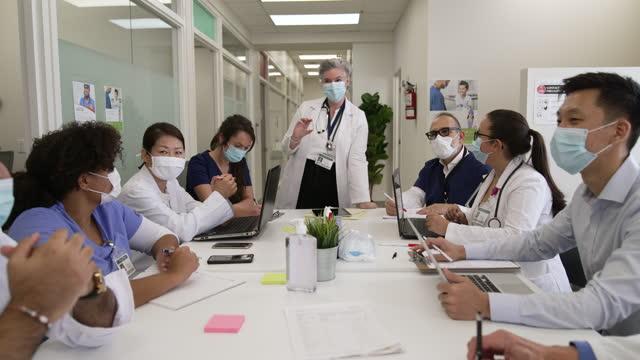 medical education - fatcamera stock videos & royalty-free footage