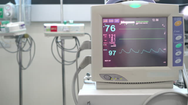 medical equipment screen of vital signs - hypertension stock videos and b-roll footage