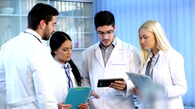 Medical staff discuss