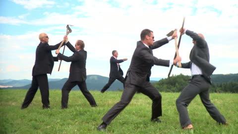 vidéos et rushes de dolly de la hd : médiévale bataille d'affaires - conflit