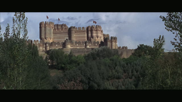 1966 WS Medieval castle on hill
