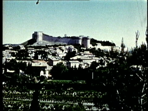 ws, medieval castle on hilltop - question mark stock videos & royalty-free footage