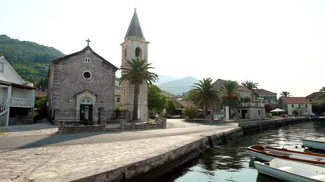 中世の教会でティヴァット、モンテネグロます。 - ベルギー点の映像素材/bロール