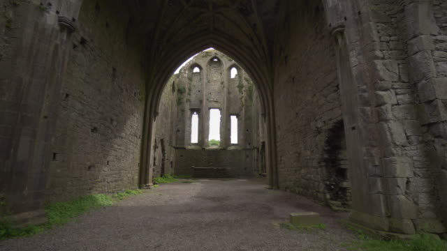stockvideo's en b-roll-footage met medieval church - hore abbey, ireland - geruïneerd