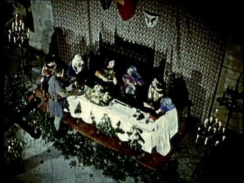 recreation, ws, ha, medieval noble people dining in castle room - periodo medievale video stock e b–roll