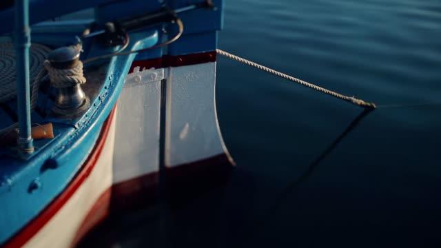 mediterraneo, porto di pescatori in italia - pescatore video stock e b–roll