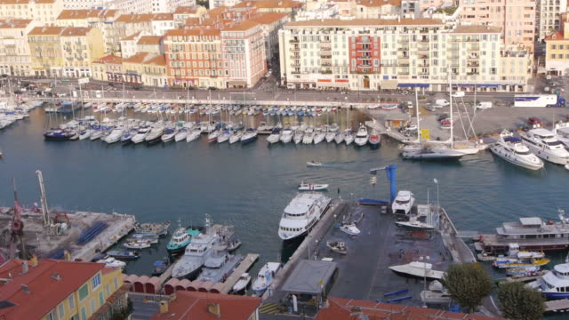 W/S Mediterranean Sea, Azur, harbour, boats passing, rooftops, Nice, France