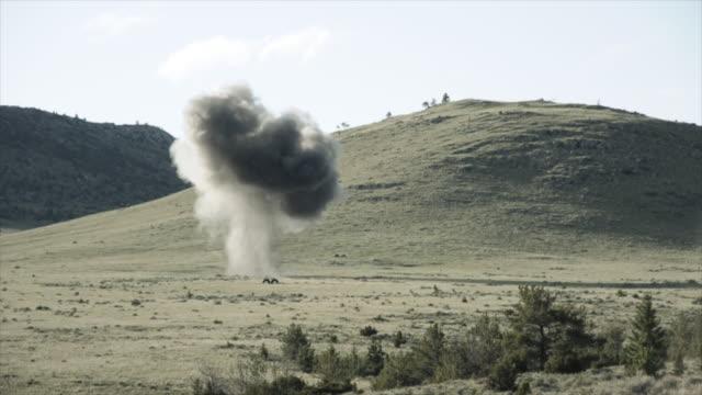 Medium distance explosion
