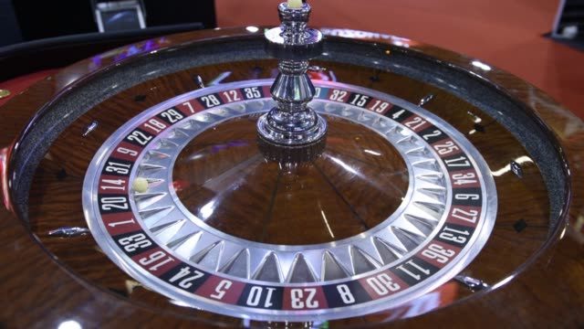 medium shot, electronic spinning roulette wheelt at the macao gaming show in macau, china, on tuesday, nov 17 close shot, numbers on a spinning... - macao stock videos & royalty-free footage