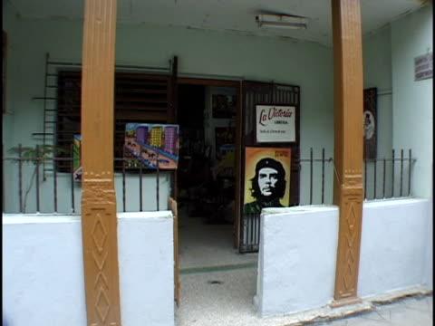 medium shot entrace to art gallery/ havana, cuba - orthographic symbol stock videos & royalty-free footage