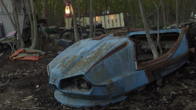 medium shot of damaged bumper car in theme park - bumper car stock videos & royalty-free footage