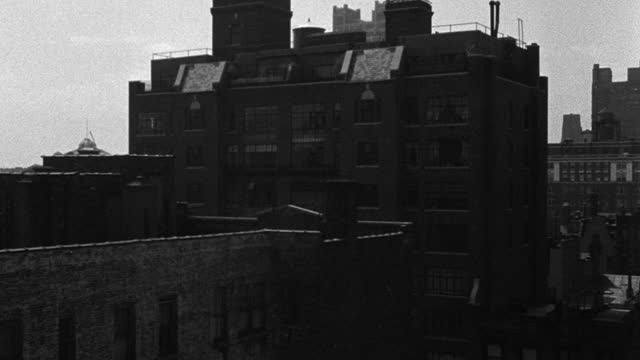medium shot of exterior of building against sky, new york city, new york state, usa - 1937 stock videos & royalty-free footage