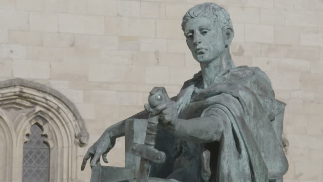 medium shot of the statue of constantine the great near york minster - sculpture stock videos & royalty-free footage