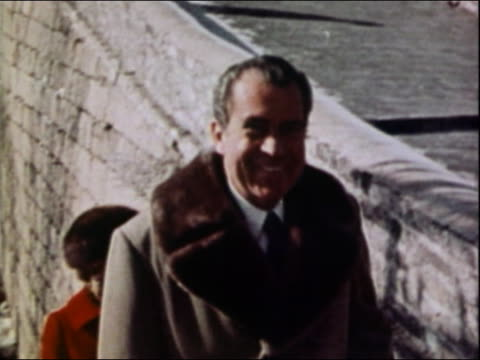 1972 medium shot president richard nixon smiling while walking upstairs at the great wall / china - richard nixon stock videos & royalty-free footage