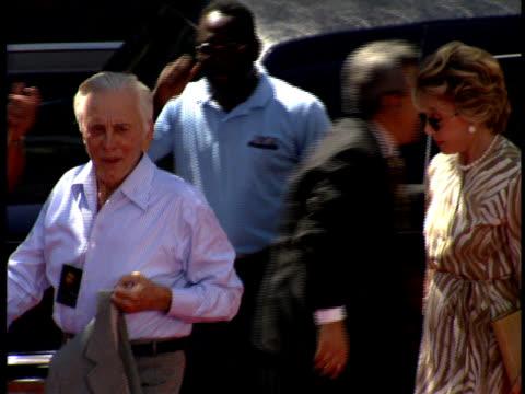 medium - kirk douglas actor stock videos & royalty-free footage