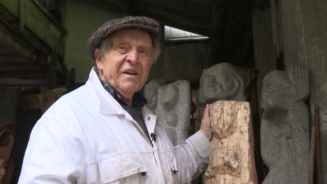 """FRA: """"Hymn to life"""" of the concentration camp survivor saved by sculpture"""