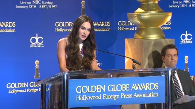 megan fox announces the 70th annual golden globe awards nominees at the 70th annual golden globe awards nominations announcement, 12/11/12 beverly... - beverly hills点の映像素材/bロール