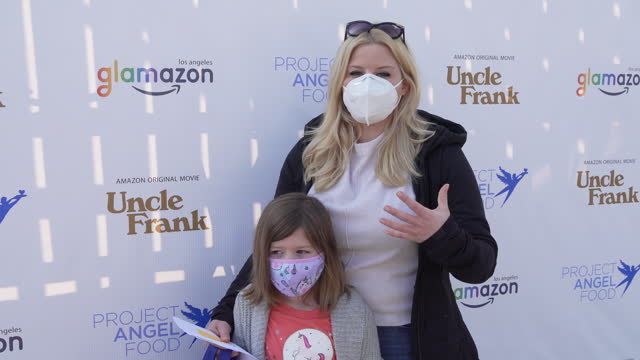 megan hilty on the incredible work of project angel food at the stars deliver 1,900 meals for project angel food on november 26, 2020 in los angeles,... - megan hilty stock videos & royalty-free footage
