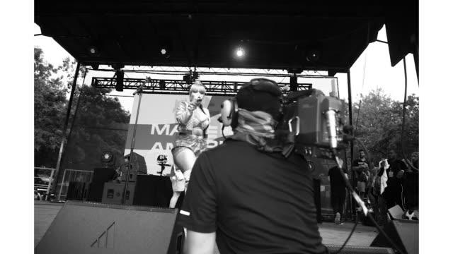 megan thee stallion at the made in america festival at benjamin franklin parkway on august 31 2019 in philadelphia pennsylvania - benjamin franklin parkway stock-videos und b-roll-filmmaterial