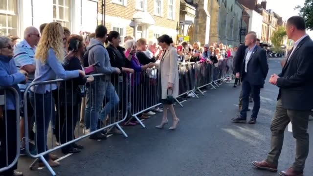 meghan and harry meeting the crowds in chichester before visiting edes house in the county of sussex - サセックス点の映像素材/bロール