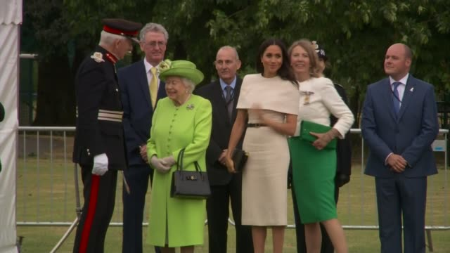meghan, duchess of sussex, accompanies queen elizabeth for first time on visit to cheshire; uk, cheshire, widnes: queen elizabeth and meghan, duchess... - gate stock videos & royalty-free footage