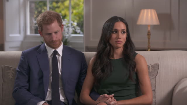 vídeos de stock, filmes e b-roll de meghan markle saying she wouldn't describe her relationship with prince harry as a whirlwind - model t