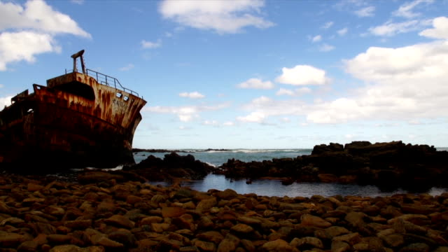 ws meisho maru 38/  trawler  shipwrecked in 1982 / cape agulhas/ western cape/ south africa - imperfection stock videos & royalty-free footage