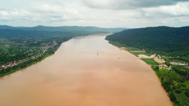 mekong river at nong khai in thailand - mekong delta stock videos & royalty-free footage