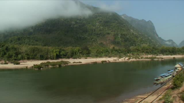 WS HA Mekong River Valley / Muang Ngoi Neua, Laos